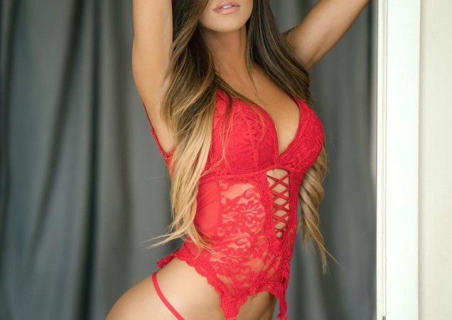 Juli Annee Is Pretty Fuckable